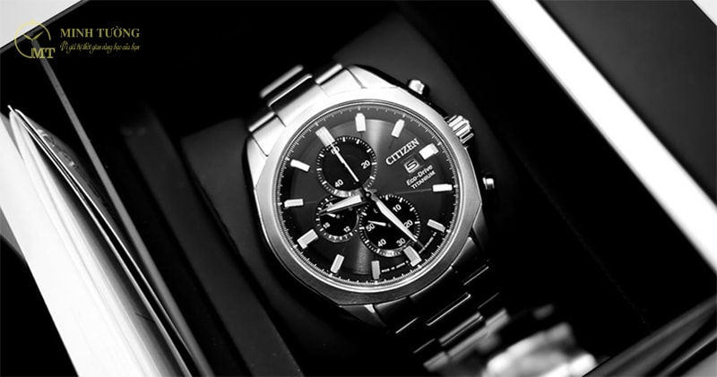 dong-ho-citizen-eco-drive-super-titanium-2