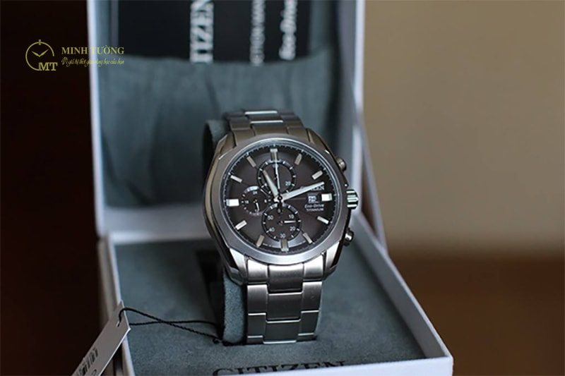 dong-ho-citizen-eco-drive-super-titanium-3