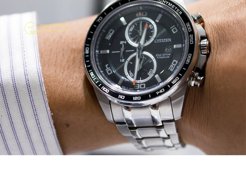 dong-ho-citizen-eco-drive-super-titanium-4